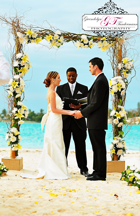 Destination Wedding In Nassau