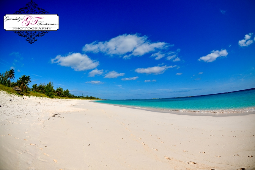 Beautiful beaches with lots of privacy - the perfect destination!