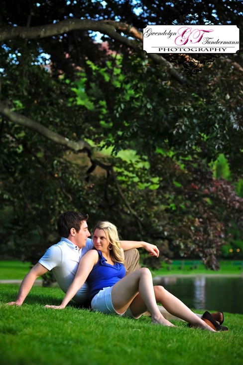 Downtown Boston engagement photos at the Public Garden