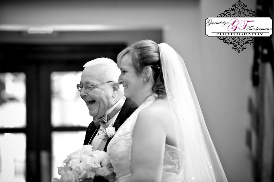 St-Scholastica-Pittsburgh-Wedding-Photos-03.jpg