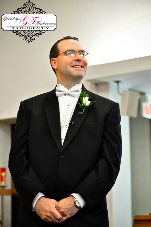 St-Scholastica-Pittsburgh-Wedding-Photos-04.jpg