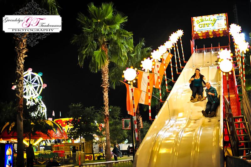 Jacksonville-Fair-Engagement-Photos-09.jpg