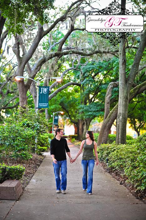 Jacksonville-University-Engagement-Photos05.jpg