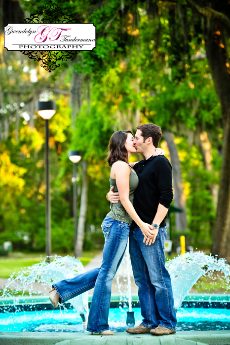 Jacksonville-University-Engagement-Photos09.jpg