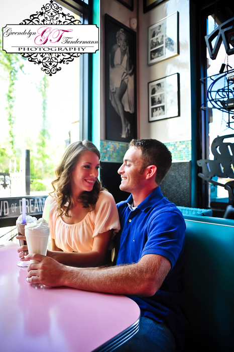 50s-Diner-Engagement-Photos-Jacksonville-02.jpg