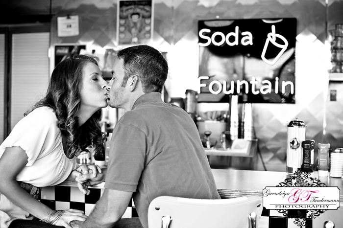 50s-Diner-Engagement-Photos-Jacksonville-11.jpg