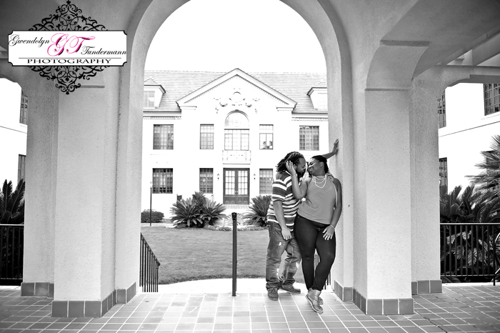 Gainesville-Engagement-Photos-Thomas-Center-04.JPG