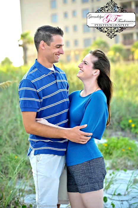Jacksonville-Beach-Engagement-Photos-01.jpg