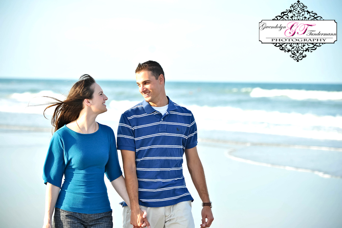 Jacksonville-Beach-Engagement-Photos-03.jpg
