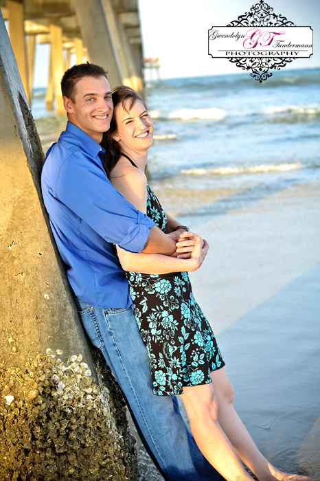 Jacksonville-Beach-Engagement-Photos-09.jpg