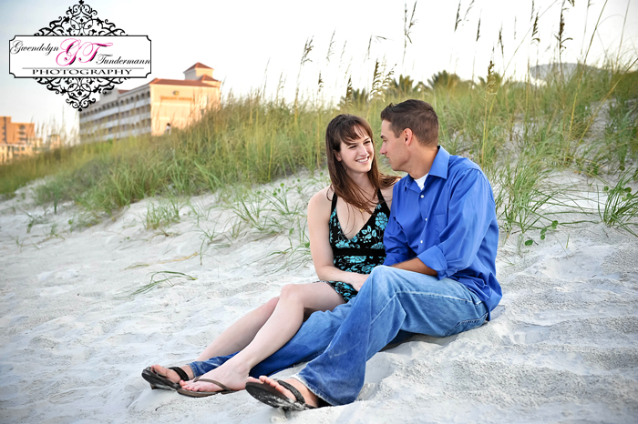 Jacksonville-Beach-Engagement-Photos-17.jpg