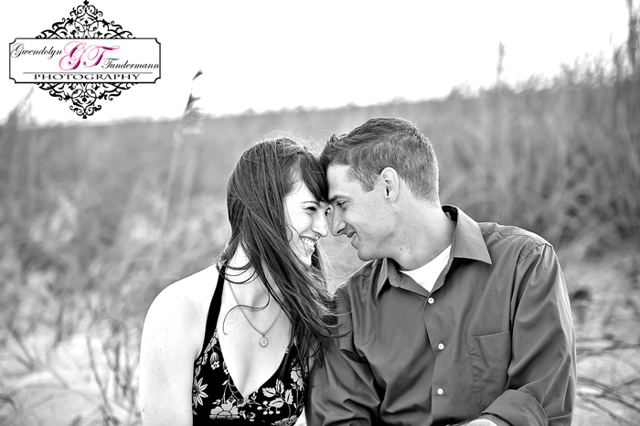 Jacksonville-Beach-Engagement-Photos-19.jpg