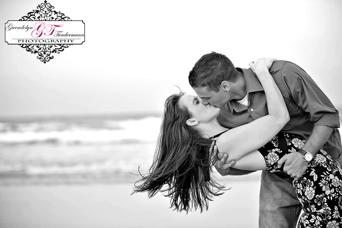Jacksonville-Beach-Engagement-Photos-23.jpg