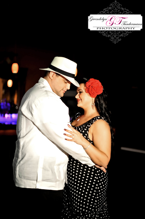 Retro-Cuban-Style-Engagement-Photos-Jacksonville-09.jpg