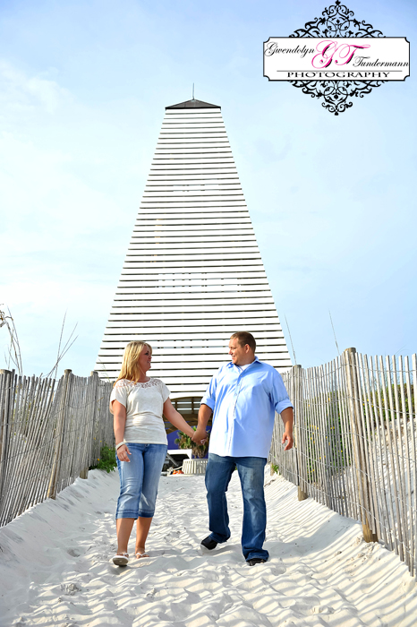 Seaside-Engagement-Photos-Florida-01.jpg