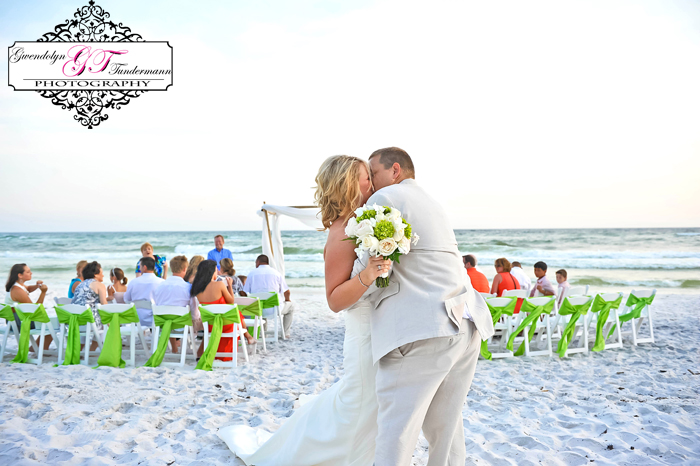 Seaside-FL-Wedding-Photos-29.jpg