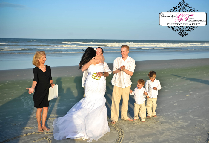 Cinnamon-Beach-Wedding-Photos-06.jpg