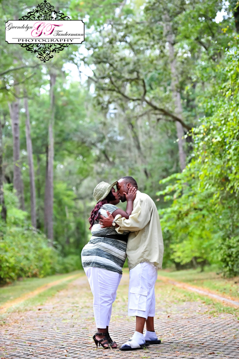 White-Springs-Engagement-Photos-12.jpg