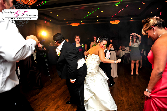 Maggianos-Wedding-Photos-Jacksonville-48.jpg