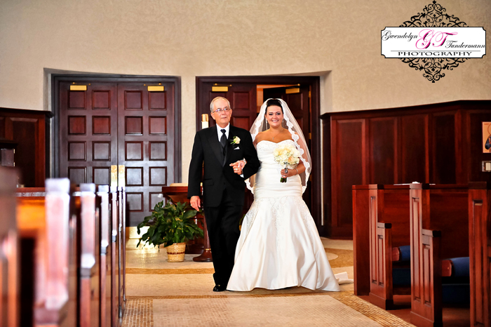 San-Juan-Del-Rio-Catholic-Church-Wedding-Photos-Jacksonville-16.jpg