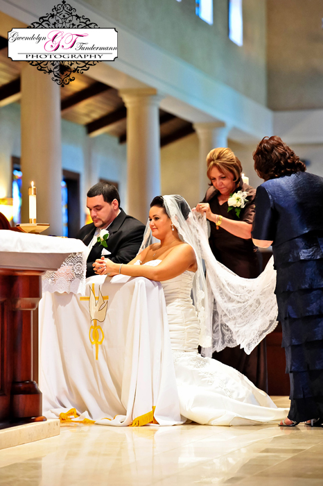 San-Juan-Del-Rio-Catholic-Church-Wedding-Photos-Jacksonville-24.jpg