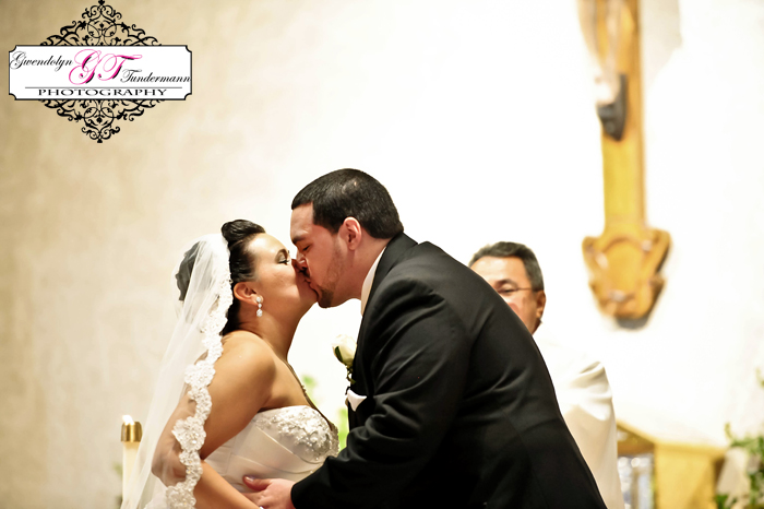 San-Juan-Del-Rio-Catholic-Church-Wedding-Photos-Jacksonville-29.jpg