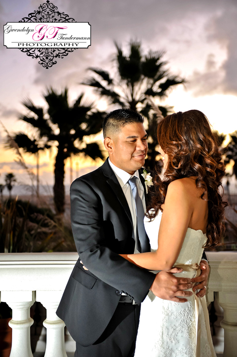 Hyatt-Huntington-Beach-Wedding-Photos-30.jpg