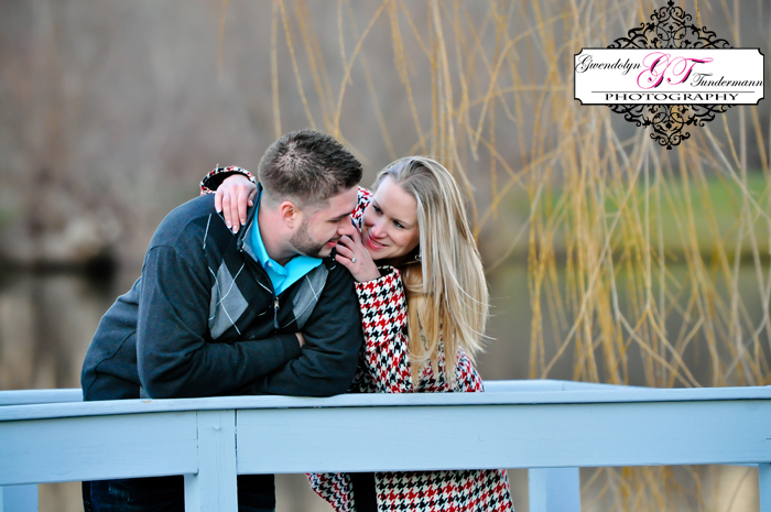 Wesleyan-Hills-Engagement-Photos-16.jpg