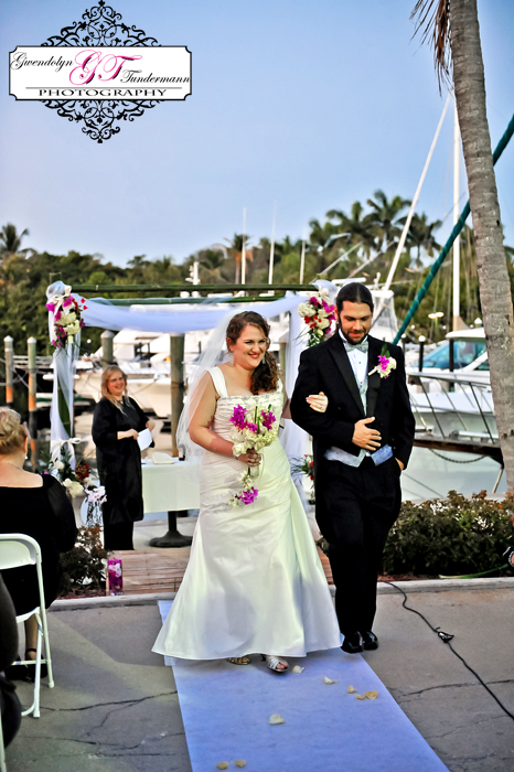 Out-of-the-Blue-Restaurant-Wedding-Photos-Jupiter-FL-14.jpg