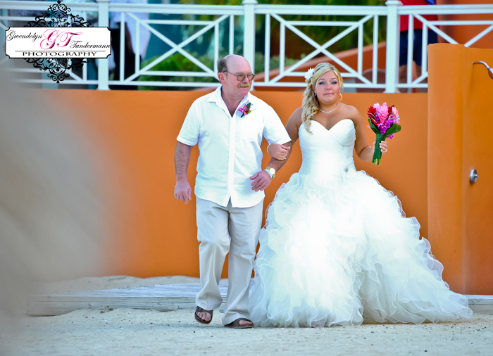 Iberostar-Rose-Hall-Wedding-Photos-Jamaica-07.jpg