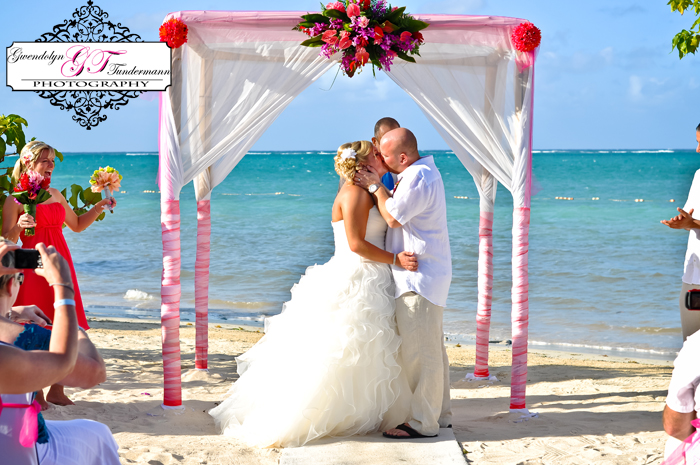 Iberostar-Rose-Hall-Wedding-Photos-Jamaica-13.jpg