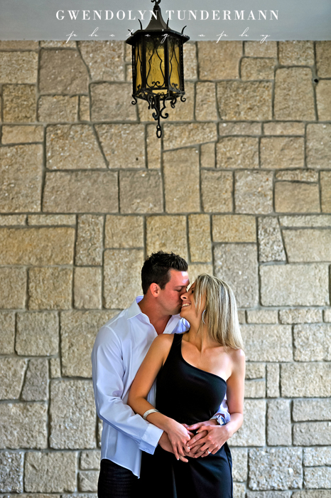 Downtown-St-Augustine-Engagement-Photos-02.jpg