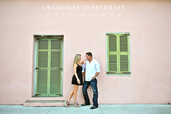 Downtown-St-Augustine-Engagement-Photos-11.jpg