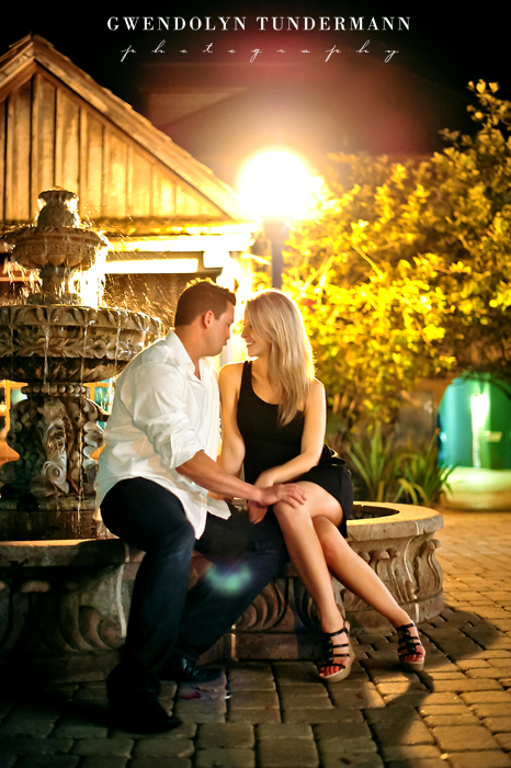 Downtown-St-Augustine-Engagement-Photos-21.jpg