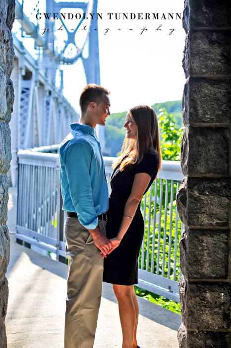 Poughkeepsie-Engagement-Photos-01.jpg