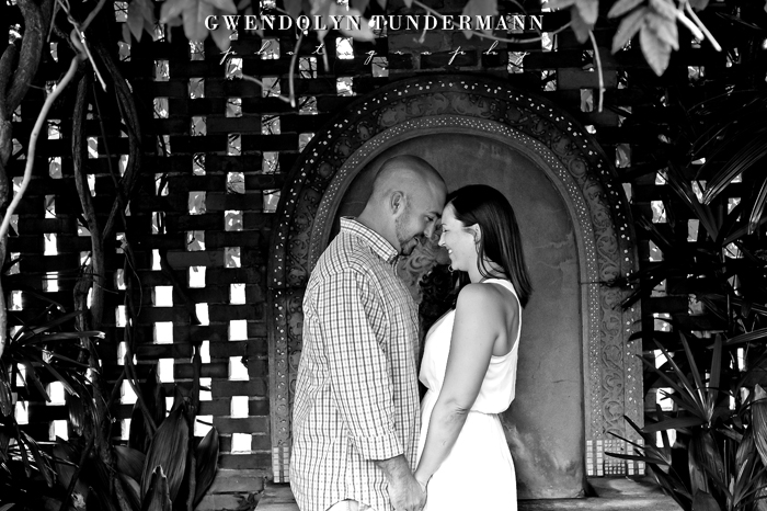 Downtown-Jacksonville-Engagement-Photos-05.jpg
