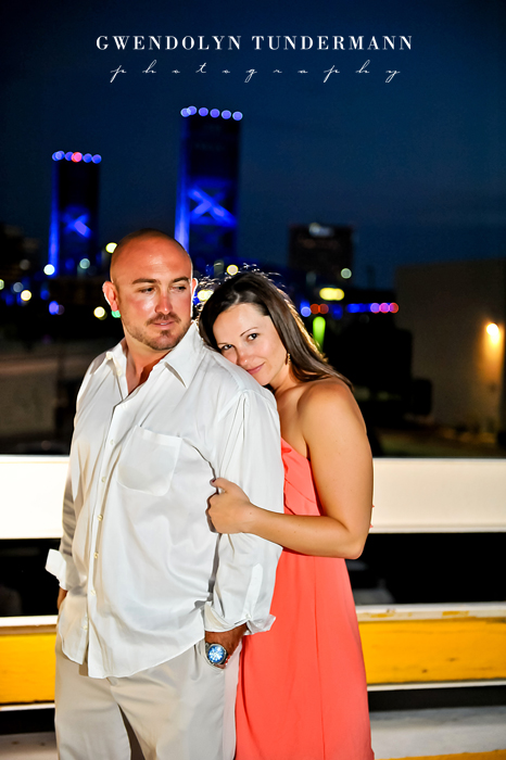 Downtown-Jacksonville-Engagement-Photos-16.jpg