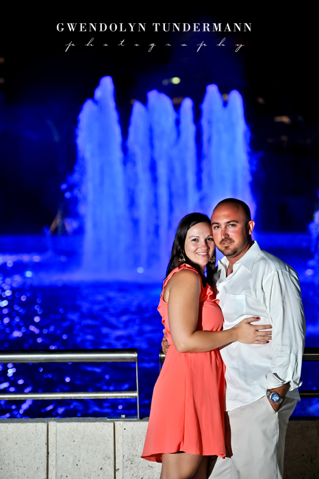 Downtown-Jacksonville-Engagement-Photos-17.jpg