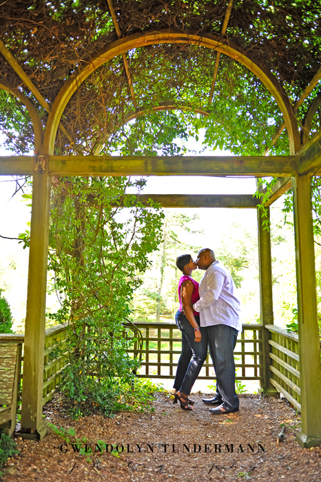 Barnsley-Gardens-Engagement-Photos-12.jpg