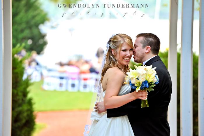 Boathouse-Sunday-Park-Wedding-Photos-Richmond-19.jpg