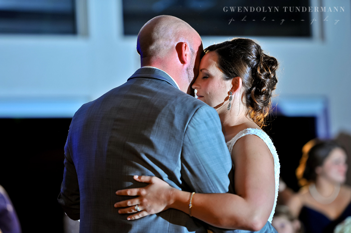 Eastpointe-Country-Club-Wedding-Photos-34.jpg