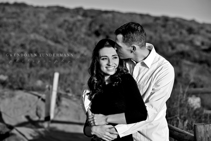 Torrey-Pines-Engagement-Photos-11.jpg