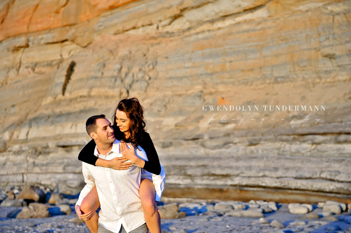 Torrey-Pines-Engagement-Photos-15.jpg