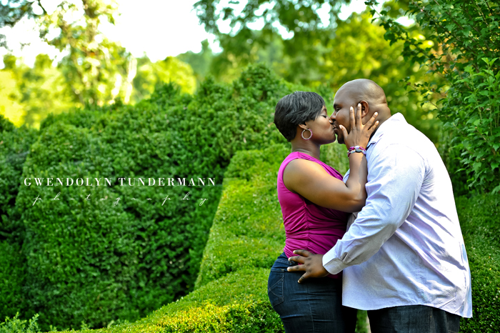 Barnsley-Gardens-Engagement-Photos