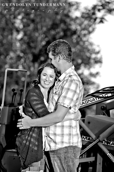 Fallbrook-Engagement-Photos-03
