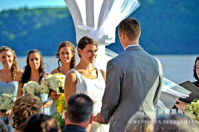 Grandview-Poughkeepsie-Wedding-Photos-11