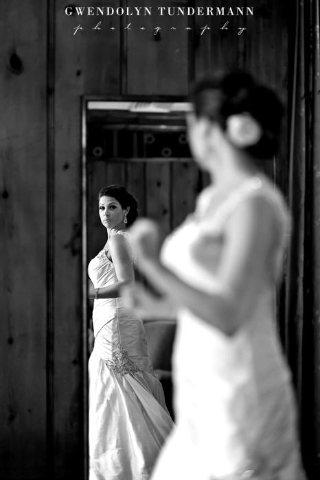 New-Haven-Lawn-Club-Wedding-Photos-04