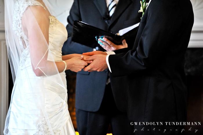 New-Haven-Lawn-Club-Wedding-Photos-14