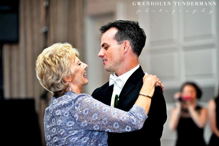 New-Haven-Lawn-Club-Wedding-Photos-30