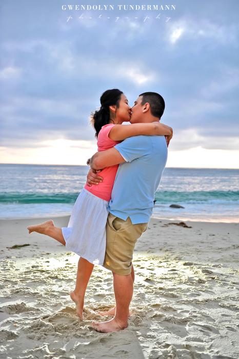Windansea-Beach-Engagement-Photos-23